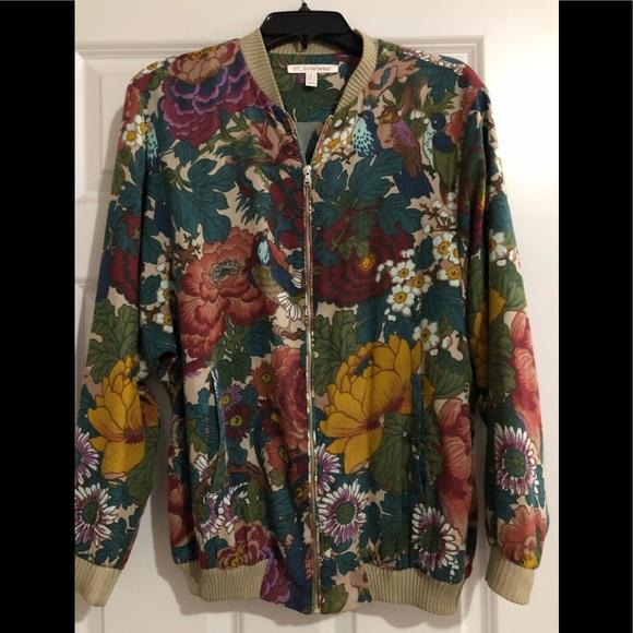 82af581f Zara 'TRF' Floral Zip-up Bomber Jacket. M_5b3eb27f45c8b312c83cca4a